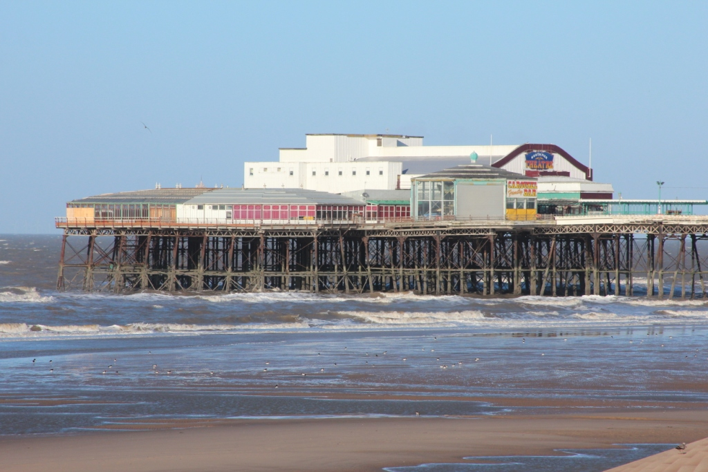 Une des jetées de Blackpool par beau temps !