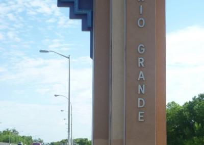 En quittant Albuquerque nous traversons le Rio Grande