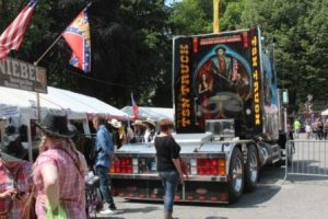 Truck et stands du festival 2016