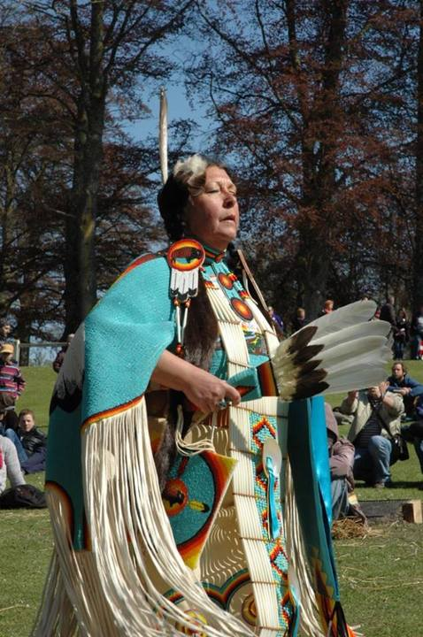 "Pow Wow Dance ""Coeur et Mocassins"""