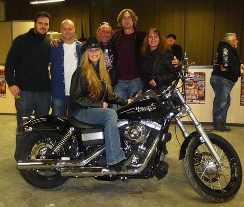 En Harley avec Danni Leigh Band