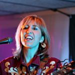 LILLY WEST, Artiste Chanteuse Musicienne