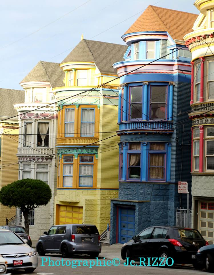 Les maisons peintes de San-Francisco - Photo JC.Rizzo