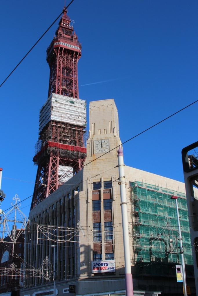 """La """"Tour Eiffel"""" de Blackpool, sous le soleil en 2015"""