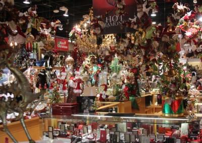 La boutique de Noël est ouverte toute l'année... et bien achalandée !