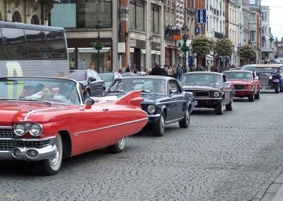 Festival de Cambrai - La Parade du dimanche matin, les US Cars